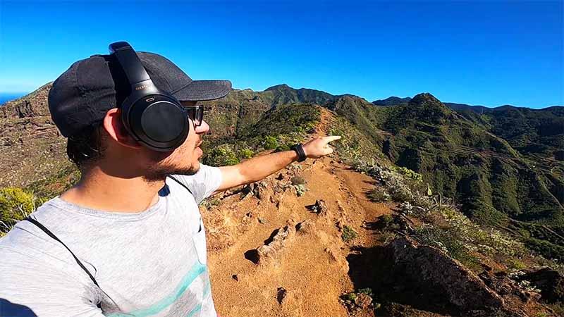 Daniel hiking in Sentiero Punta del Hidalgo