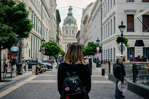 Hungarian ✩ HUF ✩ Budapest ✩ 9.7 Million