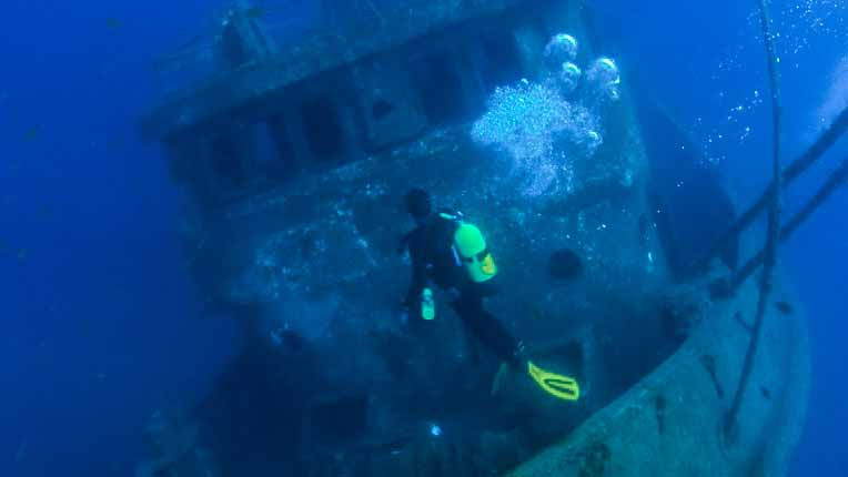 Things to do in Tenerife spain - ship wrack scuba diving