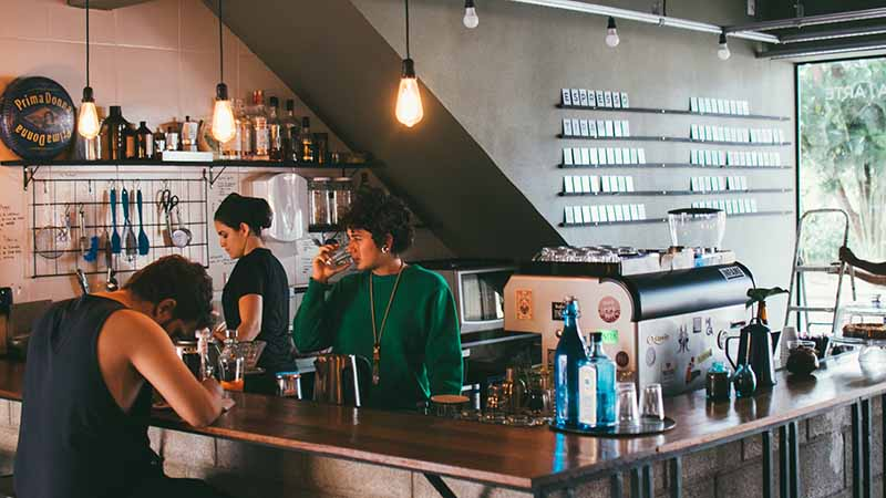 Arbeiten in einem Cafe in Australien - Backpacker Job